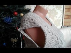 Knitting with knitting needles. Knitting Videos, Knitting For Beginners, Crochet Bikini, Knit Crochet, Crochet Hats, Lace Knitting, Knitting Patterns Free, Big Knit Blanket, Jumbo Yarn