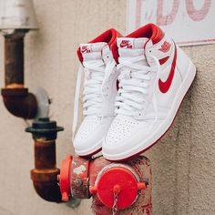 "The Air Jordan 1 Retro High OG ""Metallic Red"" - Chubster favourite ! - shoes for men - chaussures pour homme - Sneaker Outfits, Nike Outfits, Sneakers Mode, Sneakers Fashion, Red Sneakers, Leather Sneakers, Work Sneakers, Sneakers Design, High Top Sneakers"