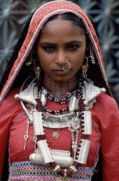 #India | Rabari Nomad in Silver Jewelry, Orissa | © Tiziana and Gianni Baldizzone/
