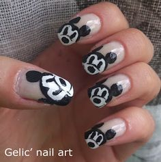 Gelic' nail art: Mickey Mouse funky french nail art