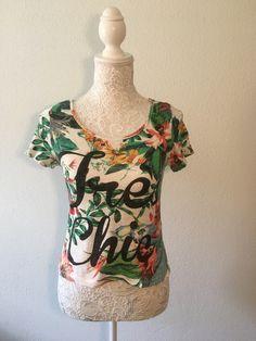T-Shirt tropical Zebra Onesies, Tropical, T Shirt, Clothes, Fashion, Boutique Online Shopping, Supreme T Shirt, Outfits, Moda