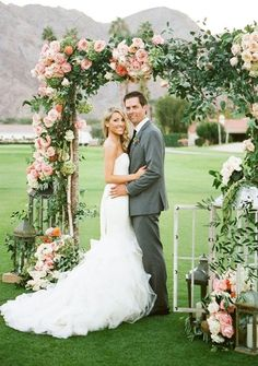 Gorgeous ceremony arch covered with peach and coral flowers and lush greenery. DIY wedding ideas and tips. DIY wedding decor and flowers. Everything a DIY bride needs to have a fabulous wedding on a budget! Floral Wedding, Fall Wedding, Rustic Wedding, Wedding Flowers, Dream Wedding, Wedding Blog, Wedding Ideas, Diy Wedding, Trendy Wedding