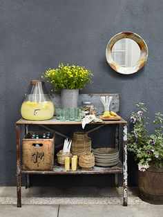 Use a potting bench as the perfect stand-in for a sideboard at a backyard bash. Add bottom shelf to potting bench I already have Garden Deco, Outdoor Spaces, Outdoor Living, Outdoor Decor, Cafe Bar, Summer Parties, Summer Bash, Decoration, Sideboard