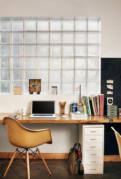workspace. Glazen bouwstenen