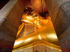 The giant golden Buddha at Bangkok's Wat Pho Temple is one of many free options when visiting. Find more free things to do in Bangkok Thailand Honeymoon, Thailand Travel, Bangkok Thailand, Giant Buddha, Wat Pho, Golden Buddha, Free Things To Do, World Traveler, National Geographic