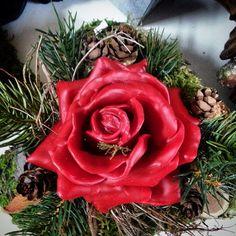 Allerheiligen-Grabgesteck mit Wachsrose Flowers, Plants, Growing Roses, All Saints Day, Gardening, Floral, Plant, Royal Icing Flowers, Florals