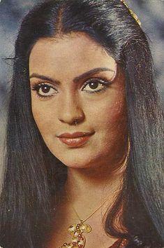 Amitabh Bachchan, Bollywood Actress, Indian Actresses, Beauty Women, Actors, Long Hair Styles, Disney Princess, Board, Long Hairstyle