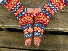 Pin by Geja Vlieger on Knitted socks and some gloves (but fair isle!)…