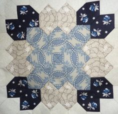 Lucy Boston Patchwork Of The Crosses- Kit 17