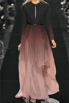ELIE SAAB Elie Saab's diaphanous silk-georgette gown instantly won our hearts on the Fall runway. Hijab Evening Dress, Hijab Dress Party, Evening Dresses, Hijab Outfit, Engagement Photo Dress, Engagement Party Dresses, Engagement Photos, Elie Saab Couture, Elie Saab Kleider
