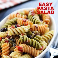 Easy pasta salad ~ featuring tri color rotini studded with diced olives and pimentos in a zesty homemade italian dressing this pasta salad is a versatile delicious summer side dish! fivehearthome com pastasalad classic italian pasta salad Vegetarian Pasta Salad, Healthy Pasta Salad, Best Pasta Salad, Pasta Salad Italian, Cold Pasta Salads, Easy Cold Pasta Salad, Tri Color Pasta Salad, Healthy Pasta Dishes, Italian Salad Recipes