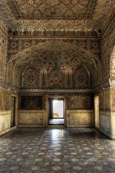 Sheesh Mahal, Lahore Fort. Lahore, Pakistan. http://www.saavn.com/p/song/hindi/Hum-Dil-De-Chuke-Sanam/Aankhon-Ki-Gustakhiyan-Maaf-Ho/LwsuR0RxWHc