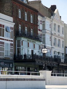 Need to go here ever since I saw on homes under the hammer Margate Kent, Under The Hammer, Sands Hotel, British Countryside, Beaches, Places To Visit, Coast, Homes, Mansions