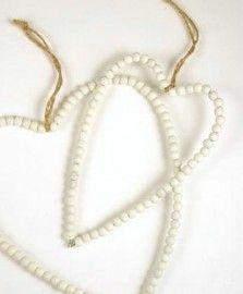 Houten kralen hart