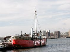 Lightship Frying Pan LV 115/WAL 537 Lighthouse, New York at Lighthousefriends.com