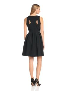 ad461bfbbfb4 Amazon.com  Donna Morgan Women s Sleeveless V-Neck Dress with Full Pleated  Skirt  Clothing