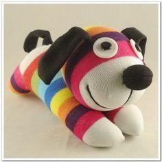 Peluche perro de calcetín http://pekaypeke.com/es/munecas-y-peluches/74-peluche-perro-de-calcetines.html
