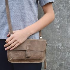 Keecie small leather bag.  Soft hues are always easy to combine.  Monkey Tree in Moss Used Look
