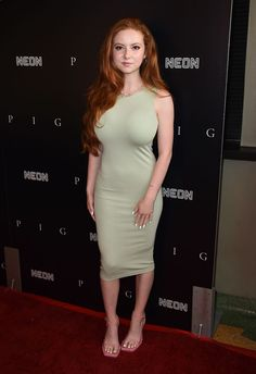 Hot Country Girls, Red Hair Woman, Girls With Red Hair, Gorgeous Redhead, Redhead Girl, Woman Crush, Beautiful Celebrities, Redheads, Celebs