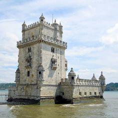 Torre de Belém  Lisboa. #torredebelem #belemtower #unescoworldheritage #landmark #exlibris #fortification #worldcaptures #worldmastershotz #fantastic_world_shots #belem #lisboa #lisbon #lisbonne #lissabon #amar_lisboa #instalike #instalisboa #instalisbon #instatravel #instacool #instagood #travelgram #wonderfulplaces #beautifuldestinations #visitlisboa #visitlisbon #cantskipus #visitportugal #portugal #walkinginlisbon