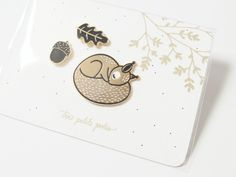 Pins écureuil et ses petits indispensables . Squirrel pin & its small accessories . Nursery Prints, Nursery Decor, Cute Squirrel, Birth Gift, He Day, Creative People, Mother And Child, Baby Decor, Autumn Inspiration