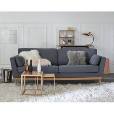 European Home Decor Living Room Grey, Living Room Decor, European Home Decor, Decoration, Interior Inspiration, Love Seat, Home And Family, Interior Decorating, Sweet Home