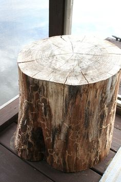 Tree Stump Stool/End Table... I really need that screened in porch for all these ideas!