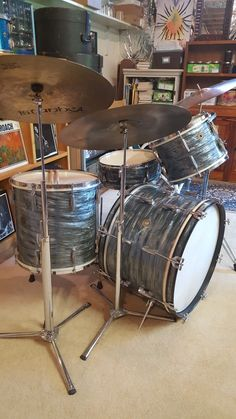 "Late 40s  Gretsch Broadkaster's w/ rare 5x14 "" Narrow Model "" MBP."