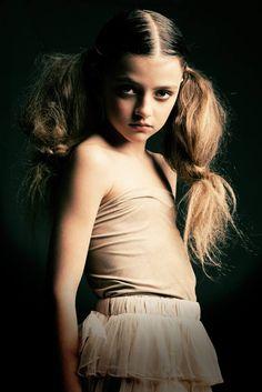 Child model Sarah Princen by photographer Beppie Veldhuizen