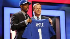It seems like every year's first round pick comes as a shock to New York Giants fans. See what draft analysts have to say abotu the Giants' selection of cornerback Eli Apple.