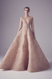 See all the pictures from the Ashi Studio Spring 2016 Haute Couture collection showcased at Paris Fashion Week.