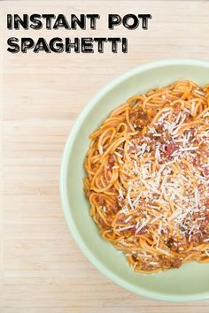 Learn how to make this easy and delicious instant pot spaghetti recipe! A great dinner idea if you are looking for a fast and budget friendly family meal. Get this 45 minute ground beef noodle recipe! Instant Pot Spaghetti Recipe, One Pot Spaghetti, Best Instant Pot Recipe, Spaghetti Recipes, Instant Pot Pressure Cooker, Pressure Cooker Recipes, Pressure Cooking, Pressure Pot, Slow Cooker