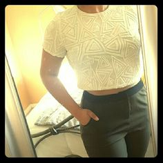 White Sequin Crop Top White Sequin Crop Top. Fully lined on the inside.There is no damage to any of the Sequin and in great condition. Super cute going out shirt!!!! Forever 21 Tops Crop Tops