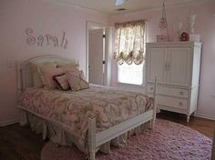Girlie bedroom