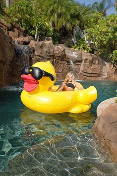 NEW FOR 2016 GAME 5000 Giant Inflatable Pool Floating Riding Derby Duck w/Cup Holders and Straps (Floatie Lounge for Adults and Kids, Larger than Swan)
