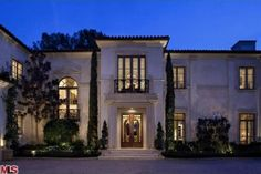 This $ 39 million Los Angeles home overlooks the Bel-Air Country Club. It has eight bedrooms and 16 bathrooms.