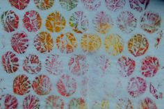 Studio Rose - Hooked on Gelli!  Bubble wrap!  Isn't this fabulous?  So unusual and organic.  It reminds me of something you'd find in the sea.