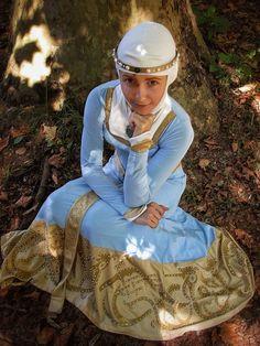 Princess Merida by ThePiccolaPi on DeviantArt Disney Princess Cosplay, Princess Merida, Disney Princess Dresses, Disney Cosplay, Disney Costumes, Disney Dresses, Cool Costumes, Disney Princesses, Costume Ideas