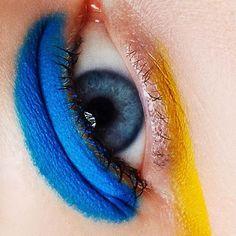 """Mi piace"": 705, commenti: 4 - Tush Magazine (@tushmagazine) su Instagram: ""It's your turn via @catrinandjacob #eyes #makeup #mua #eye #closeup #instabeauty #instaeyeshadow…"""