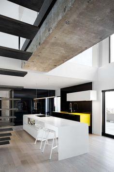 Rénovation de l'intérieur de l'Habitat 67 de Moshe Safdie Design fonctionnel et minimal Contemporain Espaces blancs, purs, abstraits