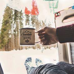 Sonntag: The mountains are calling!  Schnell noch nen Kaffee und dann ab in die Natur bis heute Abend ein bisschen Inspiration auf der EOFT angesagt ist.  Übrigens wusstet ihr dass Paul einfach gar keinen Kaffee trinkt?!  Lass ein Herz da wenn du auch Team Kaffee bist  oder einen Kommentar um Paul zu überzeugen!