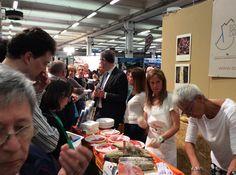Degustazione di prodotti tipici locali allo stand della Camera di Commercio di Lecco ed #EcoSmartLand. #agri2016