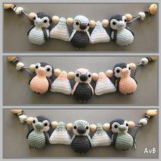 Gehaakte wagenspanner pinguins (patroon van Jookz creaties, jookzcreaties.nl) Toddler Toys, Baby Toys, Children Toys, Mobiles, Baby Diaper Bags, Carters Baby Girl, Crochet Animals, Organic Baby, Cute Kids
