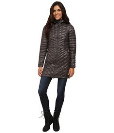 THE NORTH FACE THE NORTH FACE - THERMOBALLTM HOODED PARKA (GRAPHITE GREY) WOMEN'S COAT. #thenorthface #cloth #