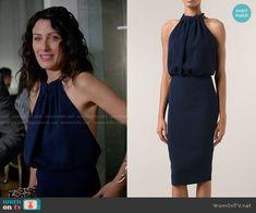 Abby's navy blue chain neck halter dress on Girlfriends Guide to Divorce.  Outfit Details: http://wornontv.net/55020/ #GG2D