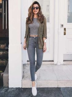 20 Casual Outfits with Sneakers Cute Style for Girls Outfit with Sneakers The post 20 Casual Outfits with Sneakers appeared first on School Diy. Source by hyunsevin Outfits with sneakers Classy Outfits, Trendy Outfits, Fashionable Outfits, Look Fashion, Teen Fashion, Fashion Tips, Teenager Fashion Trends, Mode Grunge, Fashion Magazin