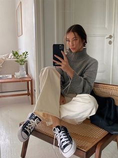 Fall Winter Outfits, Autumn Winter Fashion, Simple Outfits, Casual Outfits, Sneakers Fashion Outfits, Look Fashion, Girl Fashion, Estilo Indie, Winter Fits