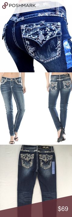 """NWT GRACE IN LA JEANS Mid Rise Easy Skinny Jean INSEAM: 30-31"""" STYLE EN-61163 NEW WITH TAGS: BRAND NEW, NEVER WORN. **HAS SILVER BUTTONS, NOT COPPER** MID RISE, EASY SKINNY JEAN, CURVY FIT, SLIGHTLY EASED THROUGH HIP AND THIGH, 98% COTTON, 2% ELASTANE, MEDIUM BLUE COLOR, RHINESTONE EMBROIDERED BACK FAUX FLAP POCKETS, HAND SANDING GRINDING, ZIP FLY, ONE BUTTON WAIST CLOSURE GRACE IN LA Jeans Skinny"""