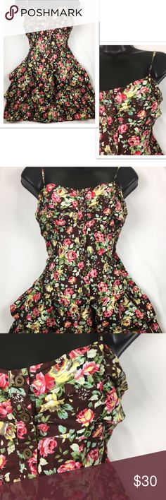 Floral mini dress Floral mini dress in perfect condition. Perfect for spring and festival season. No rips, stains, or tears. Smoke free home and fast shipping mine Dresses Mini