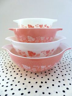 Vintage Pyrex Pink and White Gooseberry Cinderella Mixing Bowls, Complete Set on Etsy, $125.00